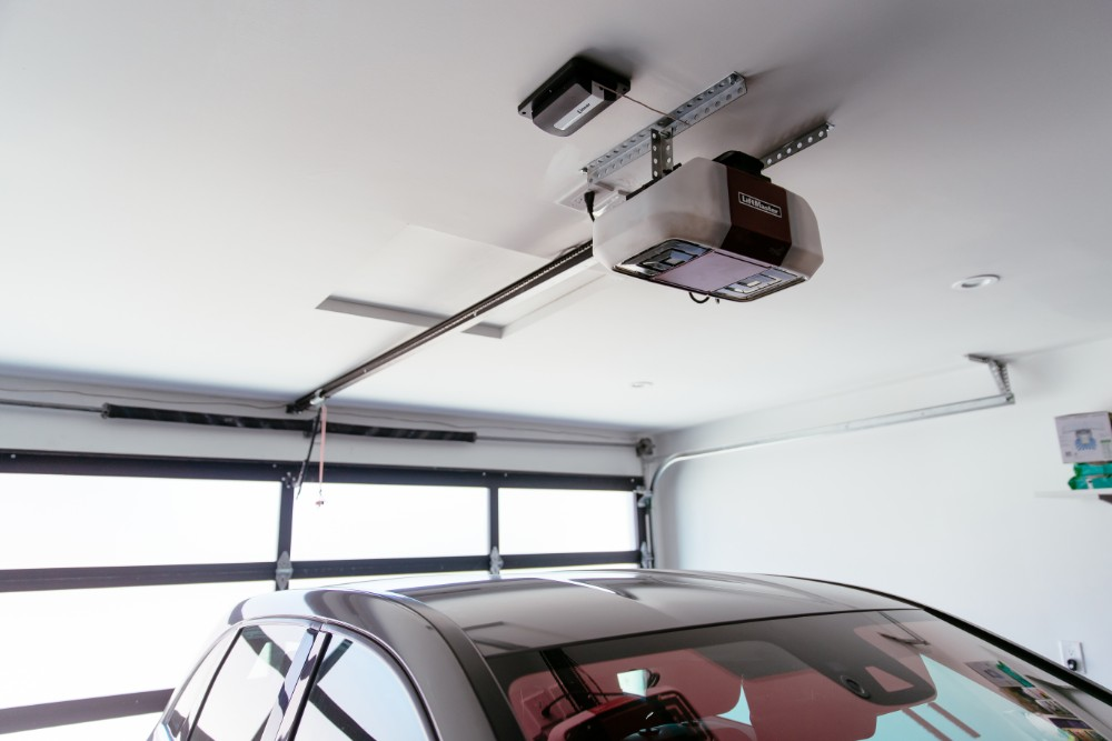 Everything You Need To Know About Smart Garage Door Openers Vivint